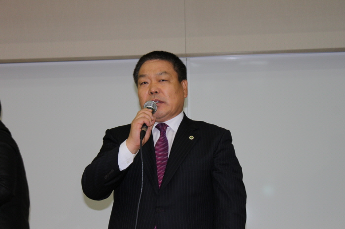 크기변환_jb-김준봉 회장 당선인사.JPG